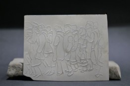 Queueing people, brooch, silver, 65x82, Mihaela Coman, i